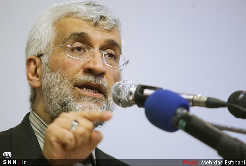 جلیلی: غرب هر آنچه داشت، در اختیار صدام قرار داد و ایران را تحریم کرد اما اکنون صدامی در کار نیست