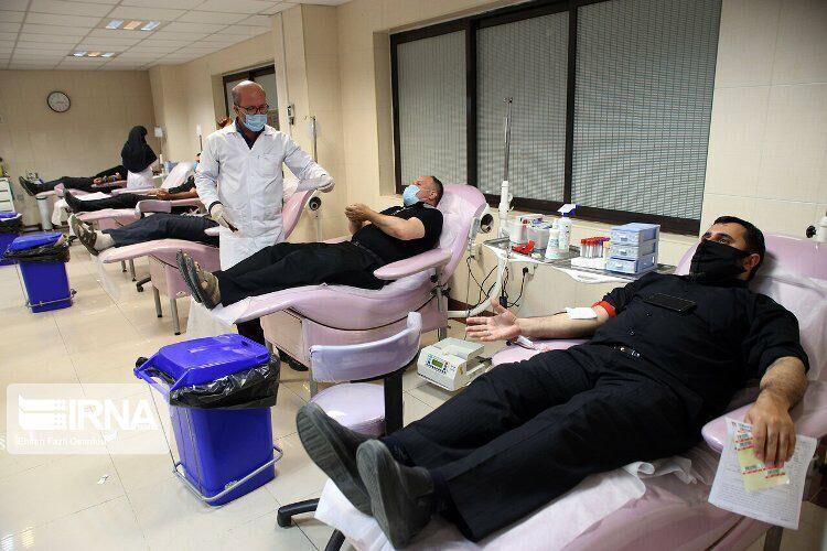 خبرنگاران مردم ایلام هزار واحد خون نذر اهدا کردند